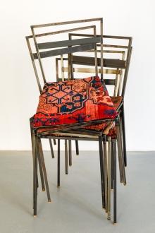 Franz West, 6 Stühle (in Zusammenarbeit mit Mathis Esterhazy)