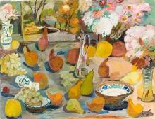 Éva Nagy, Stillleben mit Blumen, Obst und Karaffe